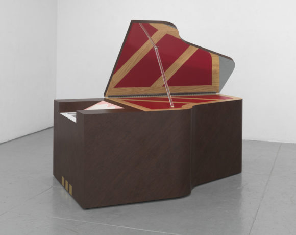 Richard Artschwager, Piano grande, 2012, Collezione Prada, Milano, Photo credit: Robert McKeever