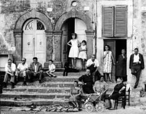 Gianni Berengo Gardin, Oriolo Romano, Lazio, 1965, ©Gianni Berengo Gardin-Courtesy Fondazione Forma