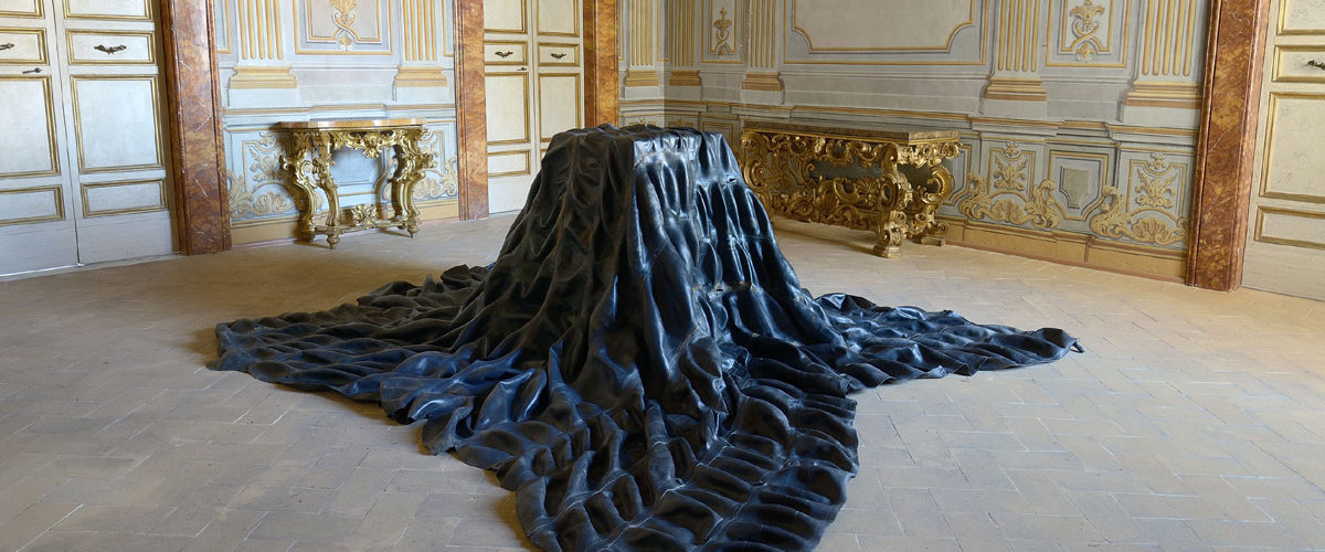 Paolo Canevari, Materia Oscura, 2020 Palazzo Collicola
