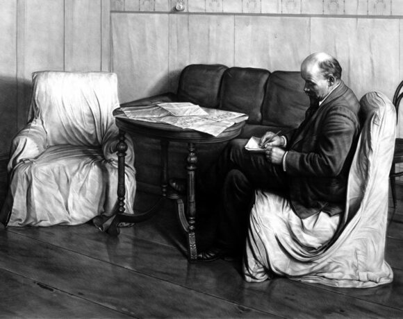 Kepa Garraza, Vladimir Lenin in Smolny, carbone compresso su carta, 2019, 140 x 212 cm. Courtesy dell'artista