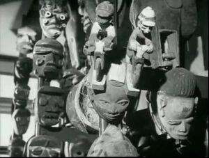 E-Flux: Frame del film di Chris Marker and Alain Resnais, Les statues meurent aussi. 1953. Film, 16mm. Courtesy of Présence Africaine Editions