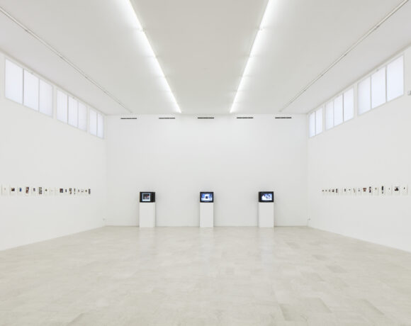 Joachim Schmid, Photoworks, 2021, installation view, P420, Bologna, Courtesy P420, Bologna foto /photo Carlo Favero