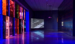 Cauleen Smith, vista parziale dell'installazione Give It or Leave It, Los Angeles County Museum of Art, 2020–21, foto Laura Cherry © Museum Associates / LACMA