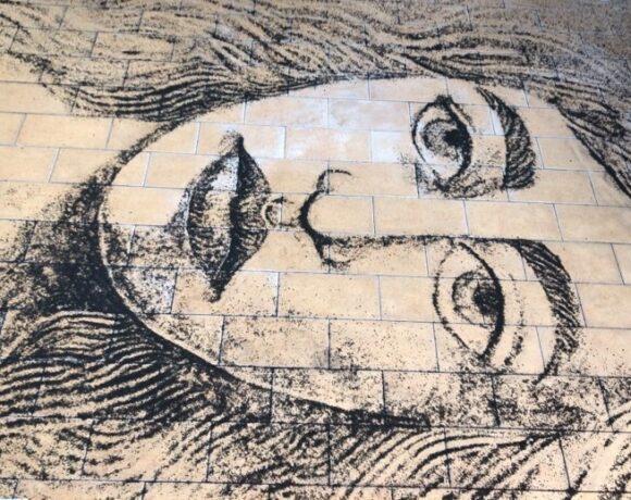 Angelika Antonella Finocchio, Disegno con cenere lavica, 2021