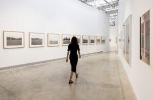 "Vista della mostra ""Sculpting Reality"" al Bombas Gens Centre d'Art, foto di Baja de Miguel Lorenzo. Ph courtesy FPAA"