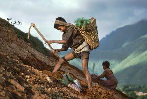 Steve McCurry Nepal, 1983 ©Steve McCurry